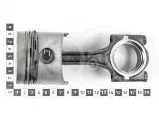 traktor motor Kubota D750 dugattyú + hajtókar + gyűrűk, 3x, alapméretű, használt (4)