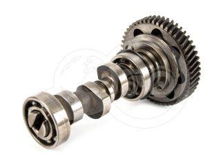 traktor motor Kubota D750 adagoló meghajtó tengely, fordulatszám szabályzóval, használt (1)