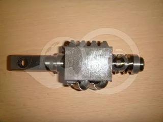 Kormánymű csigatengely golyókkal Yanmar kistraktorokhoz (1)